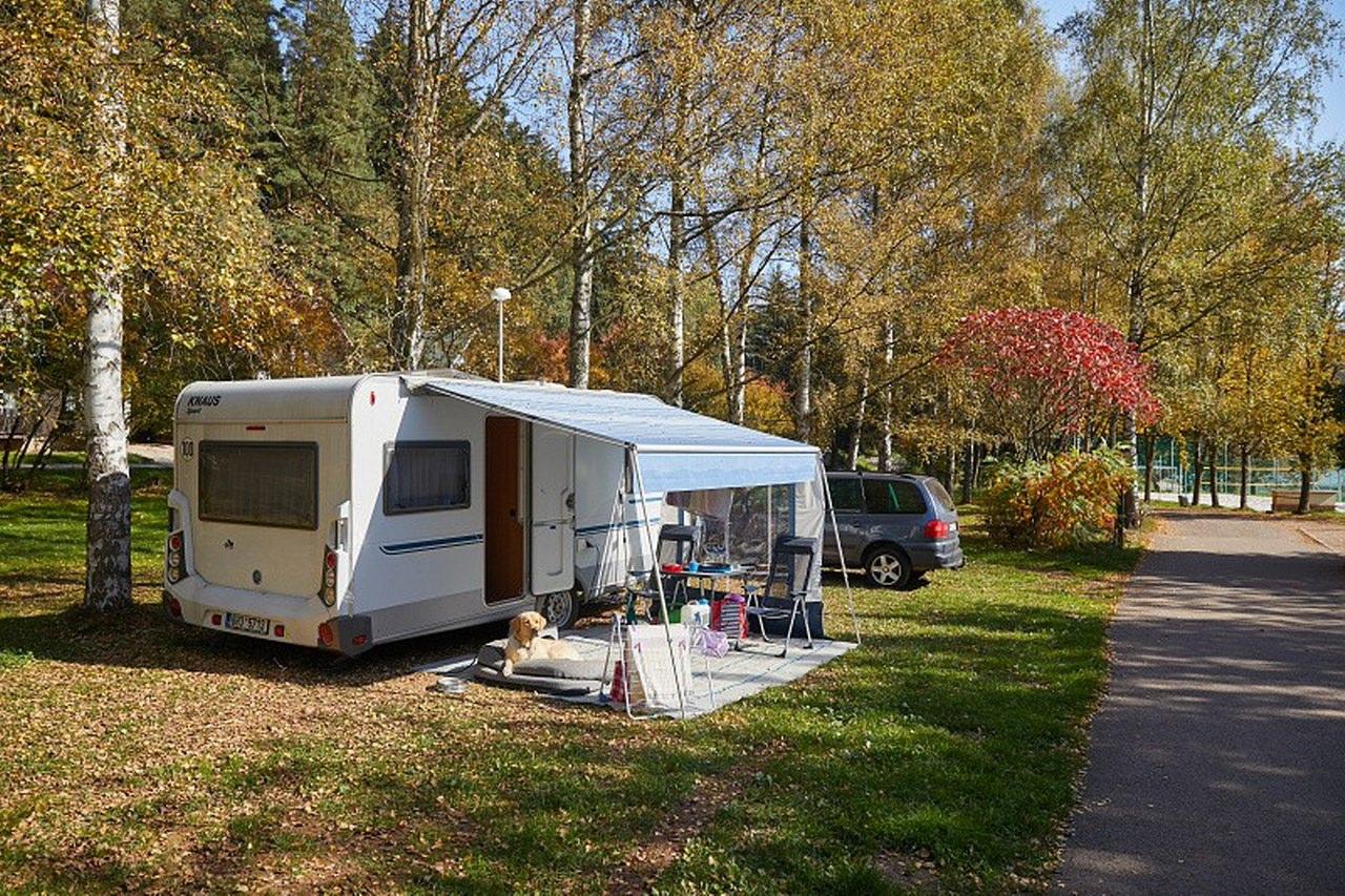 https://www.kempy-chaty.cz/sites/default/files/turistika/camp_dolce_-_karavany_2.jpg