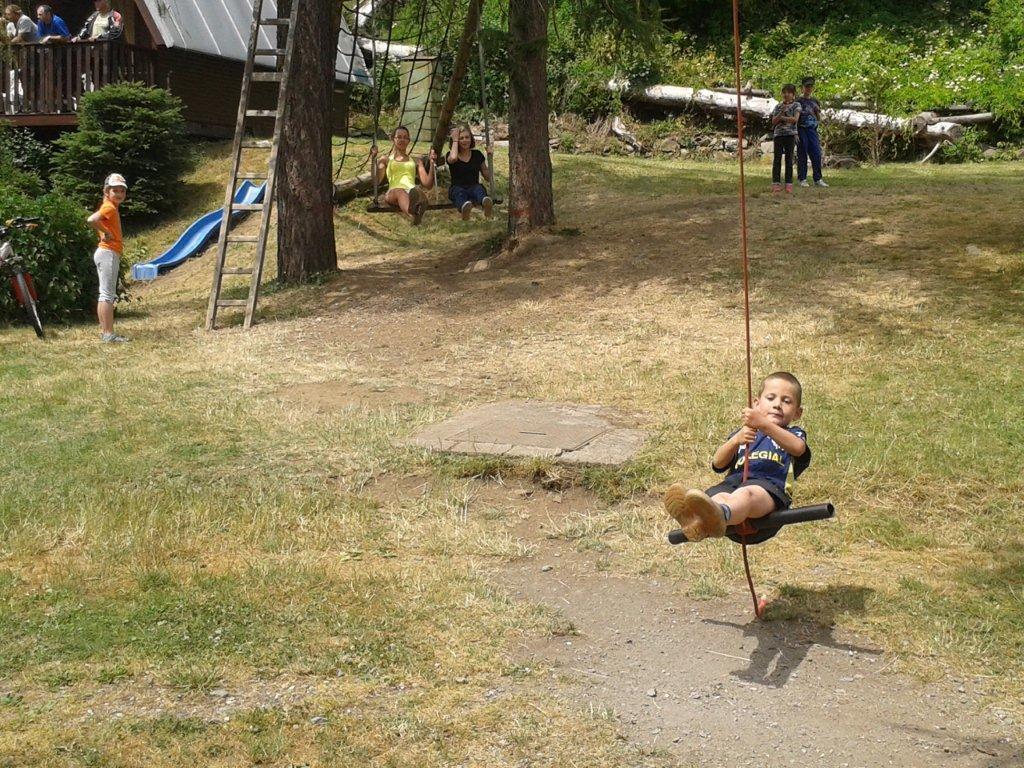Hřiště pro děti v kempu Karolina