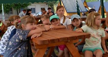 https://www.kempy-chaty.cz/sites/default/files/turistika/camp_morava_akce_pro_deti.png