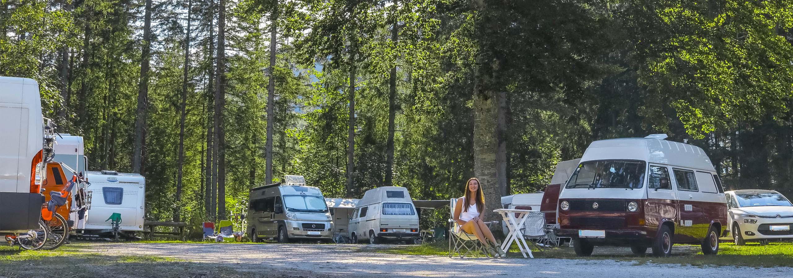 https://www.kempy-chaty.cz/sites/default/files/turistika/camping_erlaufsee_karavany_stany.jpg