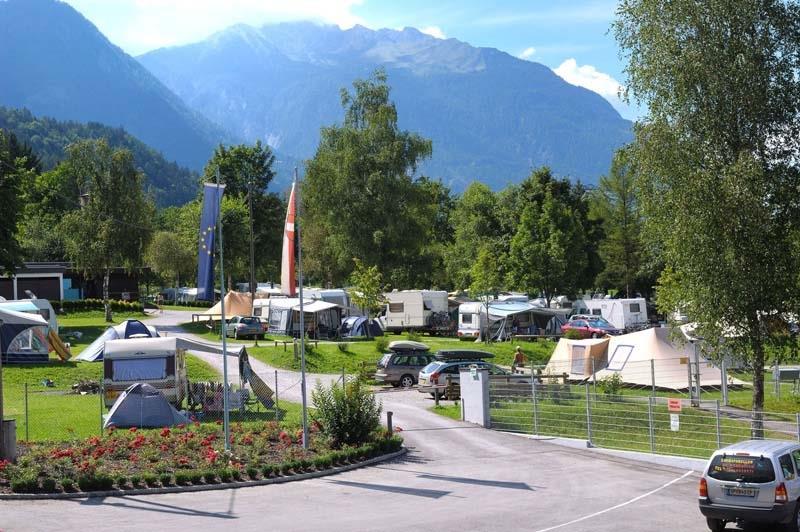 https://www.kempy-chaty.cz/sites/default/files/turistika/camping_oberdrauburg_karavany.jpg