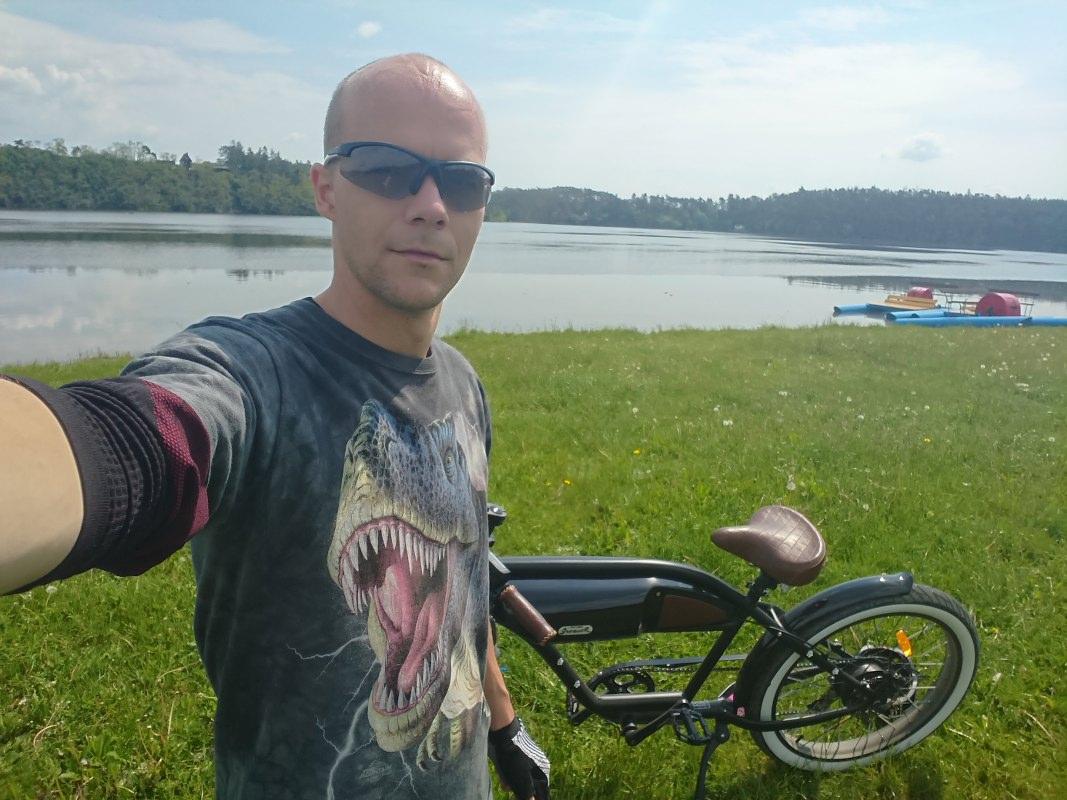 https://www.kempy-chaty.cz/sites/default/files/turistika/greaser_-_hracholusky_1067x800.jpg