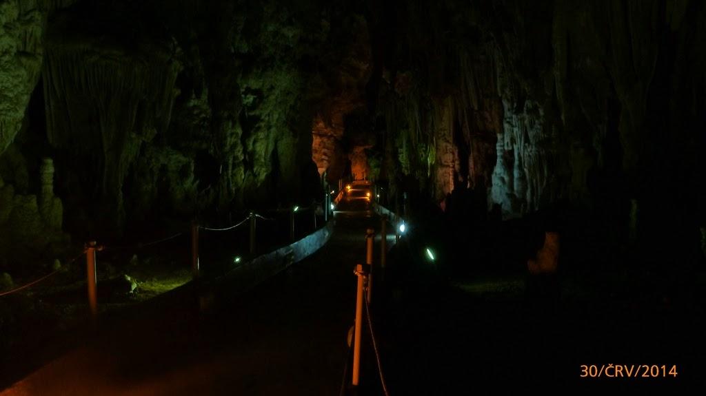 https://www.kempy-chaty.cz/sites/default/files/turistika/jeskyne_alistratis.jpg