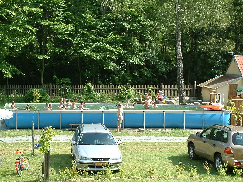 http://www.kempy-chaty.cz/sites/default/files/turistika/karolina_kemp14.jpg