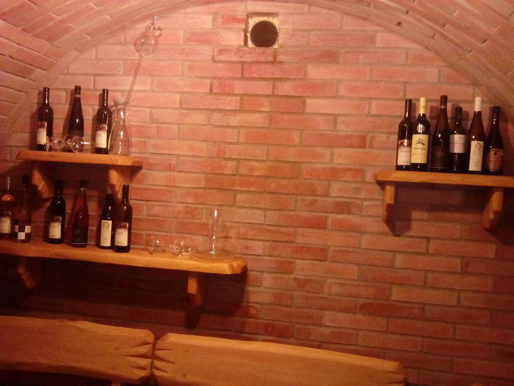 Ondrášův dvůr - vinárna