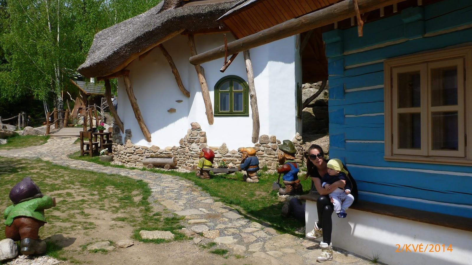https://www.kempy-chaty.cz/sites/default/files/turistika/pohadkova_vesnicka_podlesicko1.jpg