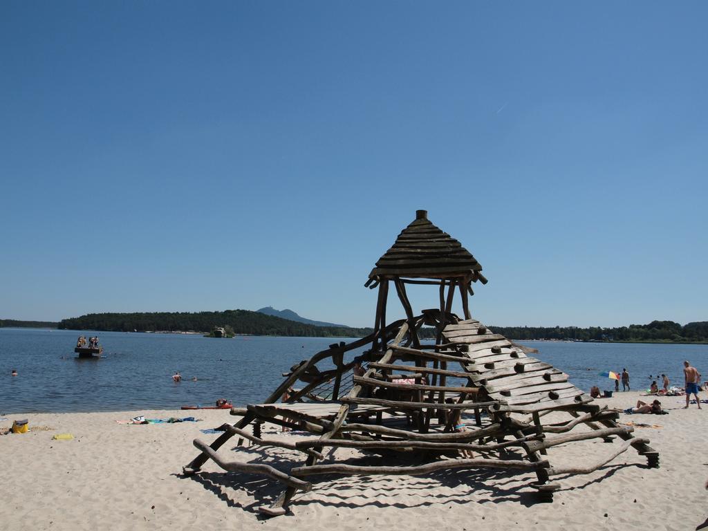 https://www.kempy-chaty.cz/sites/default/files/turistika/rs_dobrota_machovo_jezero_10.jpg